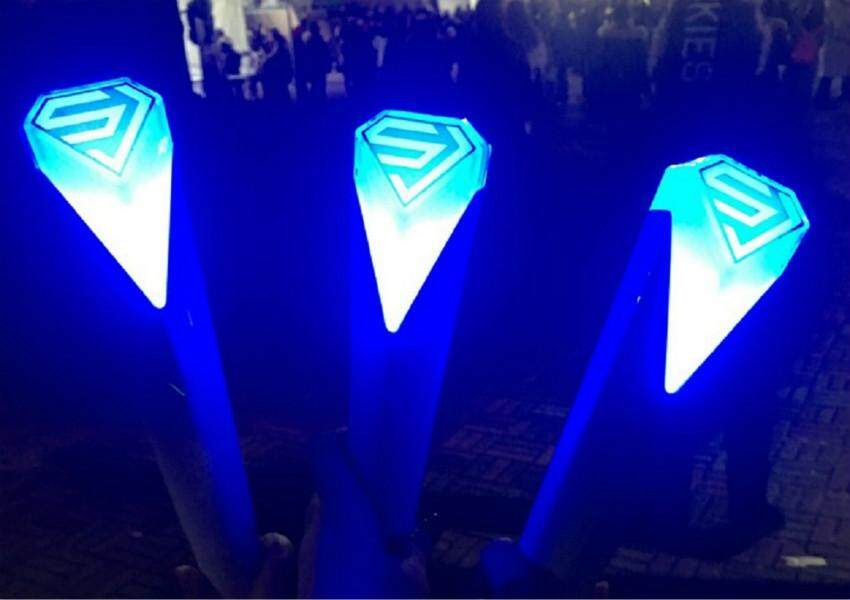 Ttlife Super Junior Fluorescent Rod Super Show7 Aid Lamp Sj Should Aid Rods Around The Same By Ttlife Fashion Zone.