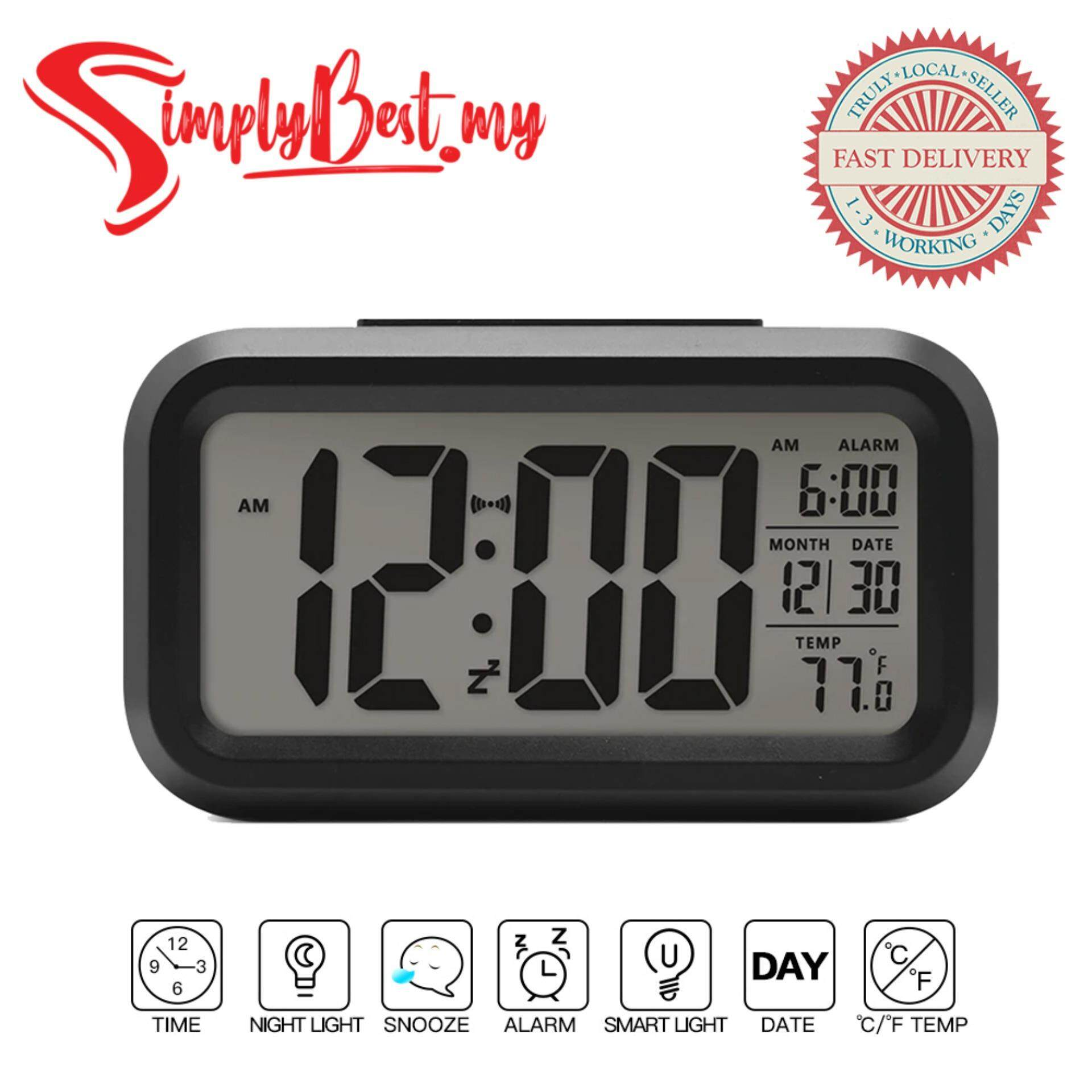 WD SQUARE CHECKS CLOCK 12 AND 18 wooden clock with checks design
