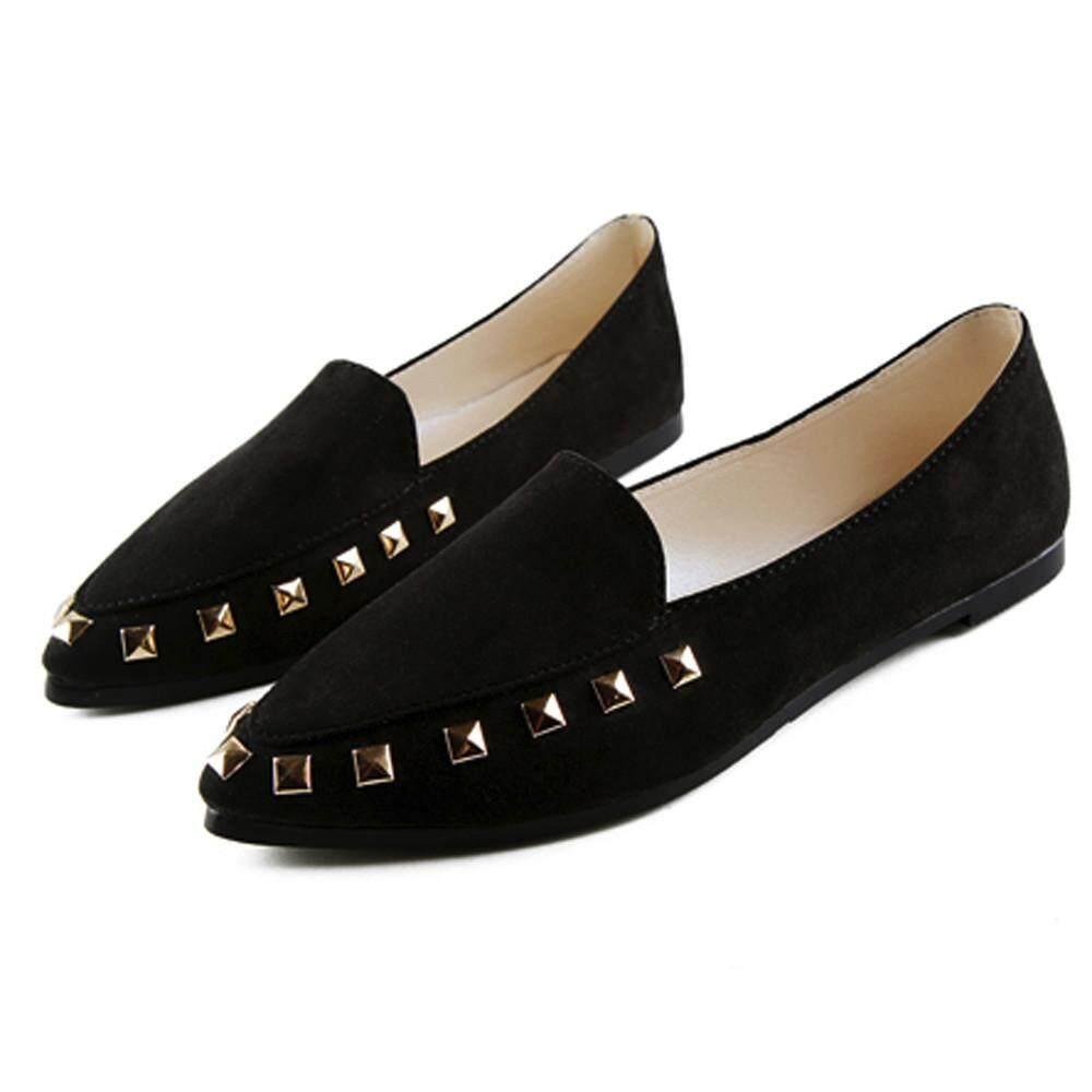 0e534d774ed coconie Women s Flats Rivet Ladies Comfy Shoes Soft Slip-On Casual Boat  Shoes