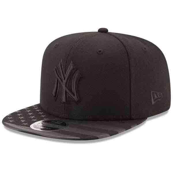 1cccfe522bc26 New Era New York Yankees Black Flag Tone Original Fit 9Fifty Snapback  Adjustable Hat