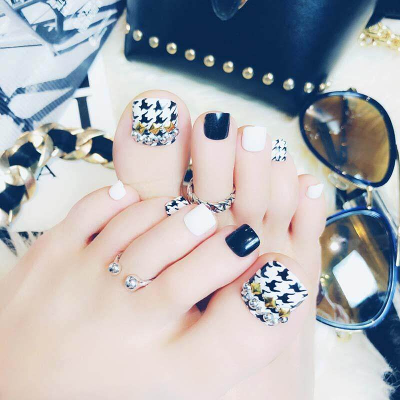Wearable Detachable Fake Feet Nails Fashion Black And White Products Toenail False Toe Nails Stickers