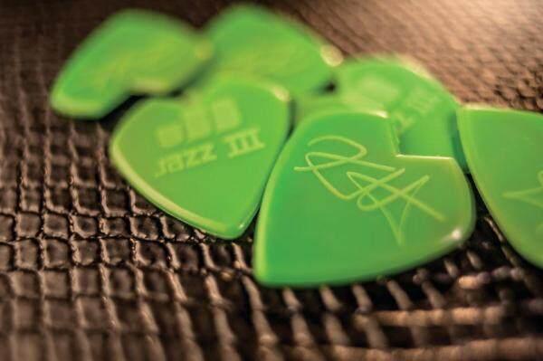 Jim Dunlop Guitar Pick 47PKH3N KIRK HAMMETT JAZZ III Pick -6/PLYPK (1.5mm) Malaysia