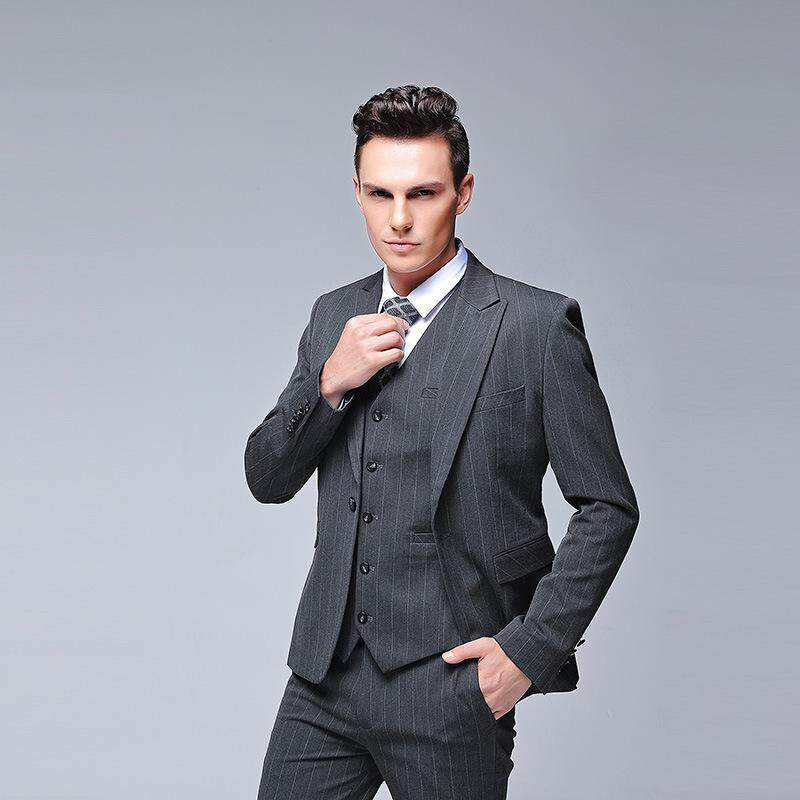 ( Jacket + Vest + Pants +tie ) 2018 New Mens Casual 4 Piece Suit Business Wedding Dress Fashion Black Gary Slim Suit Coat By Yangs House.
