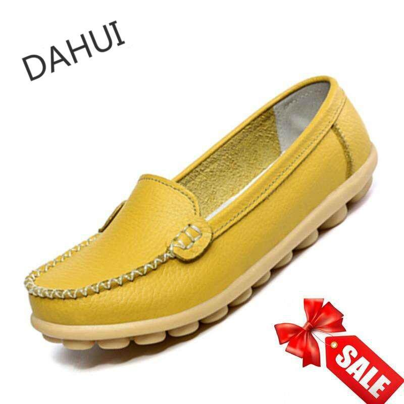 6b7aa43e855 Women Leather Shoes Slip-on Moccasin Mom Anti-skid Loafers (Yellow)