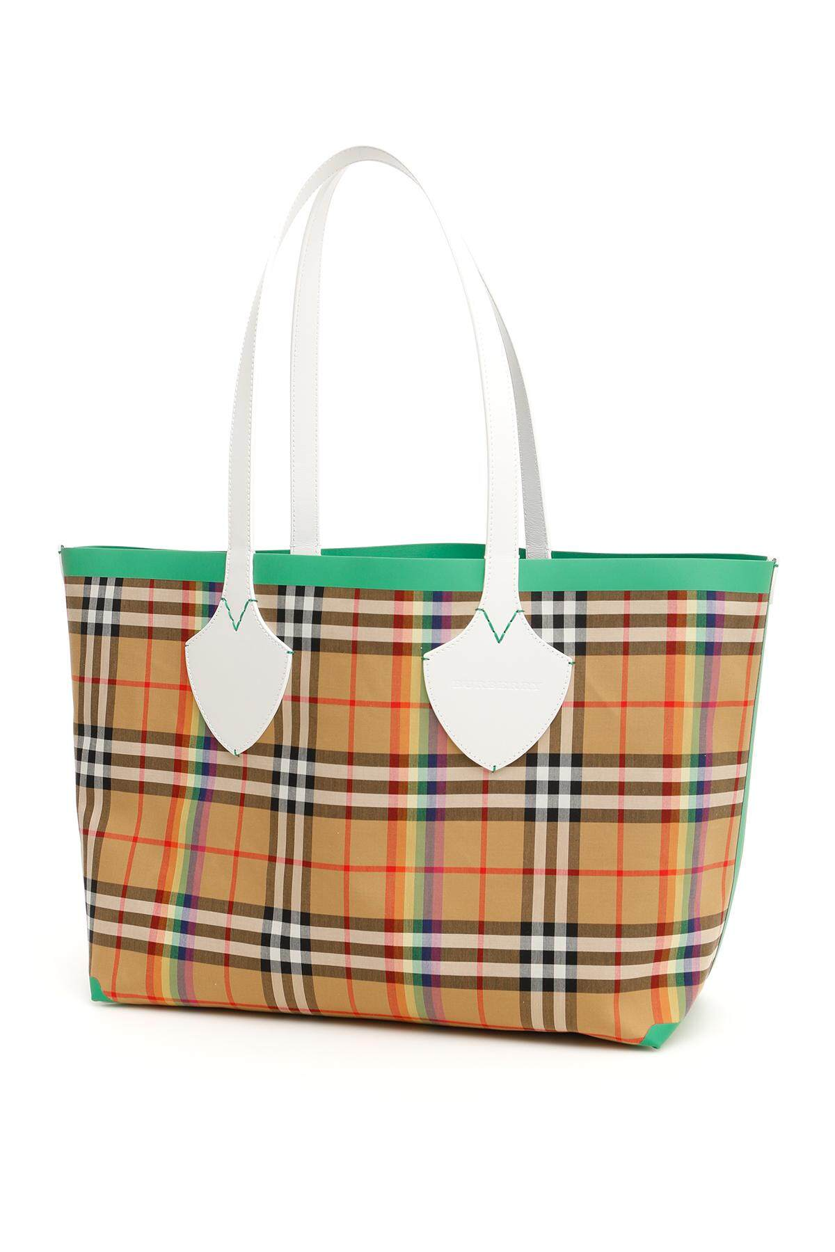 Burberry Reversible The Giant Md Ping Bag