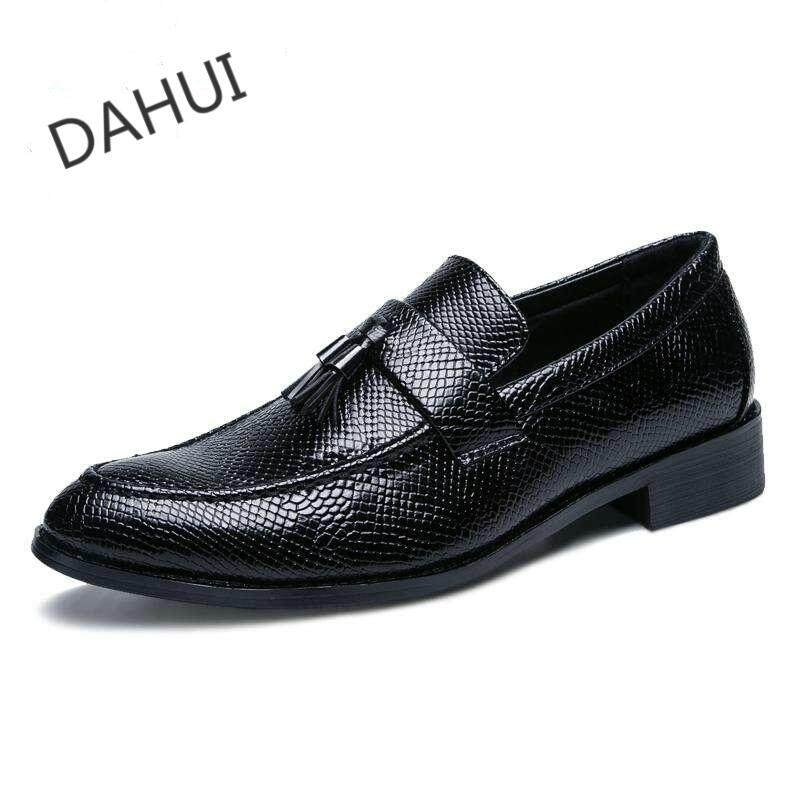 1000a5b1ed293 Leather Oxford Shoes For Men Tassels Dress Shoes Men Formal Shoes Pointed Casual  Business Wedding (