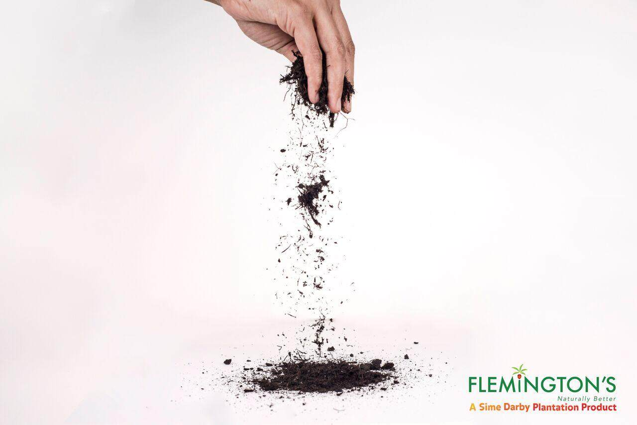 Flemingtons Organic Fertilizer (compost) 1kg, A Sime Darby Plantation Product By Sime Darby Nutrition.
