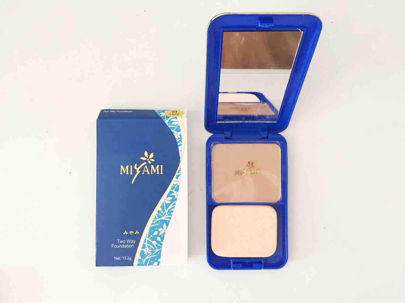 Face Makeup Compacts Powder Buy Inez Miyami Compact Light Or Medium Free Gift