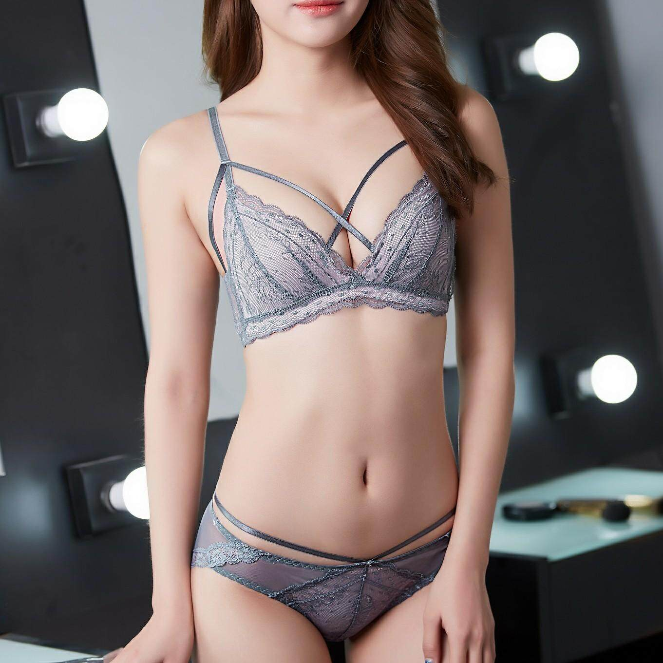 0fee0e00819 Young Female Bra and Panties Set Women Seamless Sexy Fashion Lingerie Sexy  Push Up Soft Lace