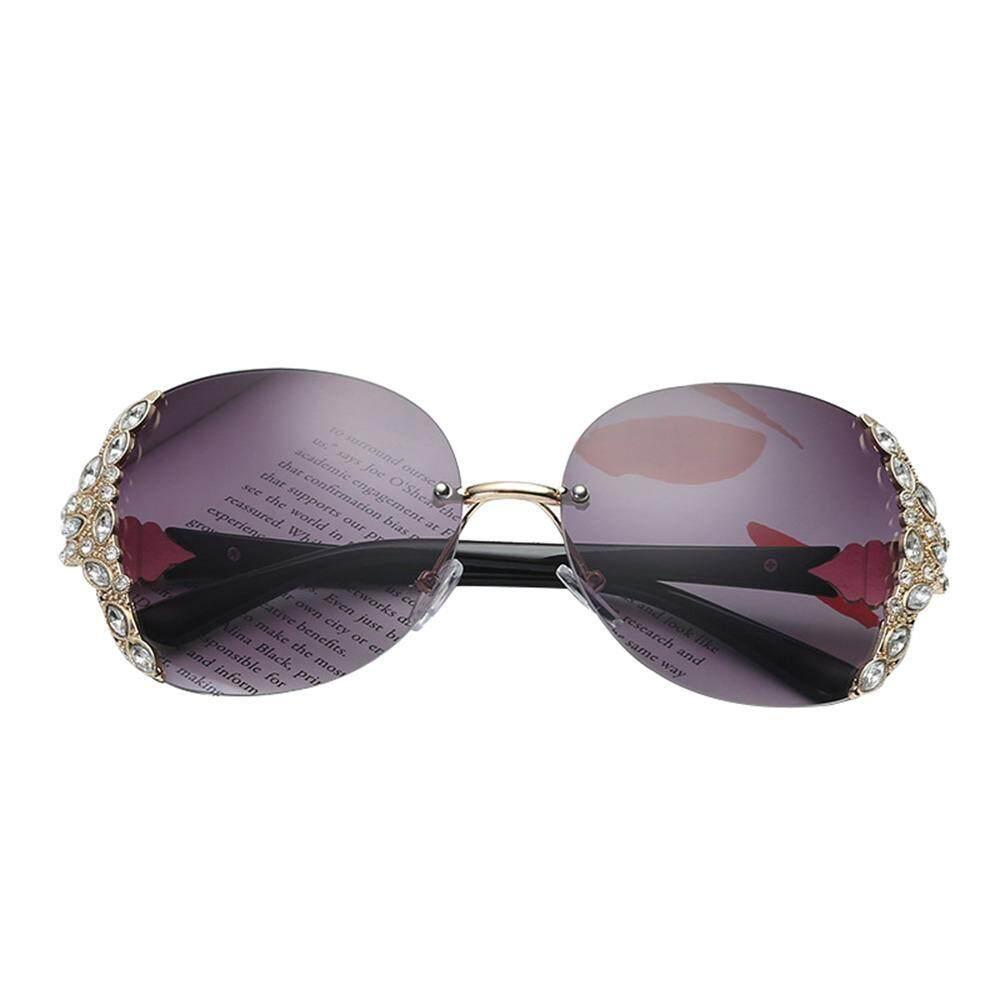 47bb3e5f9a1 Treeone Diamond Sunglasses,Aolvo Retro Crystal Oversized Frameless  Sunglasses Lightweight Plastic Frame Eyewear HD Mirror For Women/Girls  UV400 Golden ...