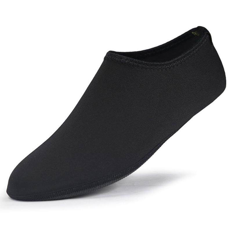 Xjing Anti-Skidding Waterproof Diving Socks Prevent Scratch Non-Slip Swim Beach Shoes Socks M By Xjing.