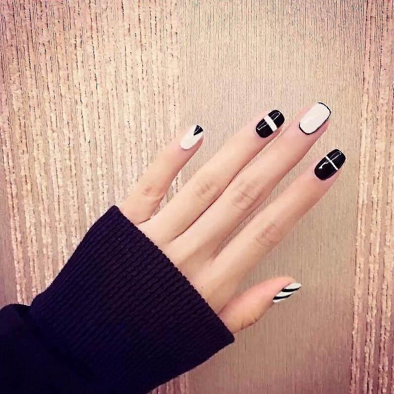 Vintage Black White Line Square Design False Nails Finished Full Cover Artificial Fake Nails
