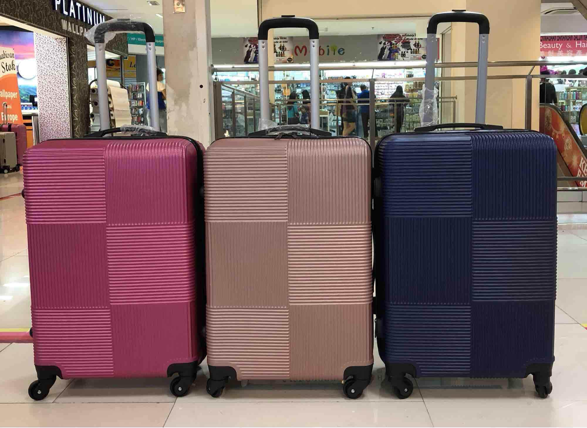 "24"" Abs Luggage By Bronsis."