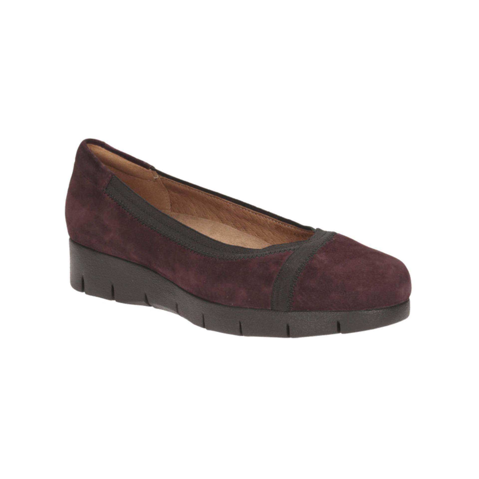Clarks Buy At Best Price In Malaysia D Island Shoes Slip On British Comfort Leather Dark Brown Daelyn Hill Womens Casual Ons Aubergine