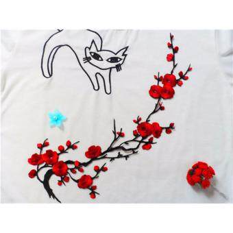 Hanyu Plum Blossom Flower Applique Clothing Embroidery Patch FabricSticker Iron On Sew On Patch Craft Sewing Repair Embroidered (Red)