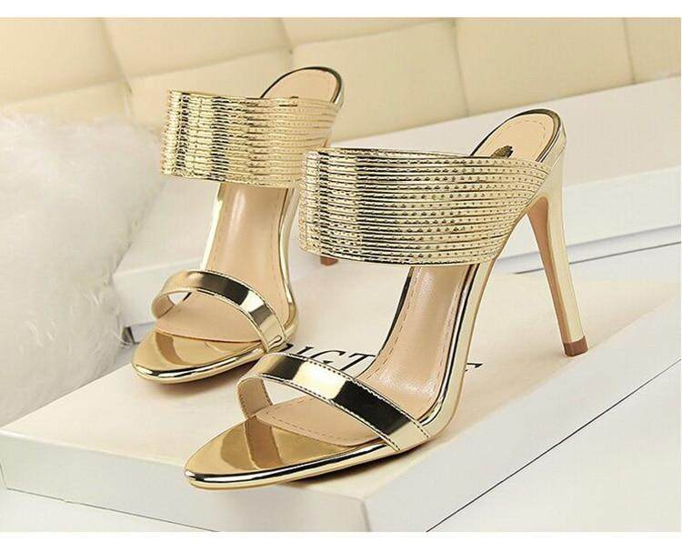 2b908fd06385 Product details of Classic Pumps Women Sandals Fashion Sexy Wedding Shoes  Patent Leather High Heels Women Shoes New Slippers Female Stiletto