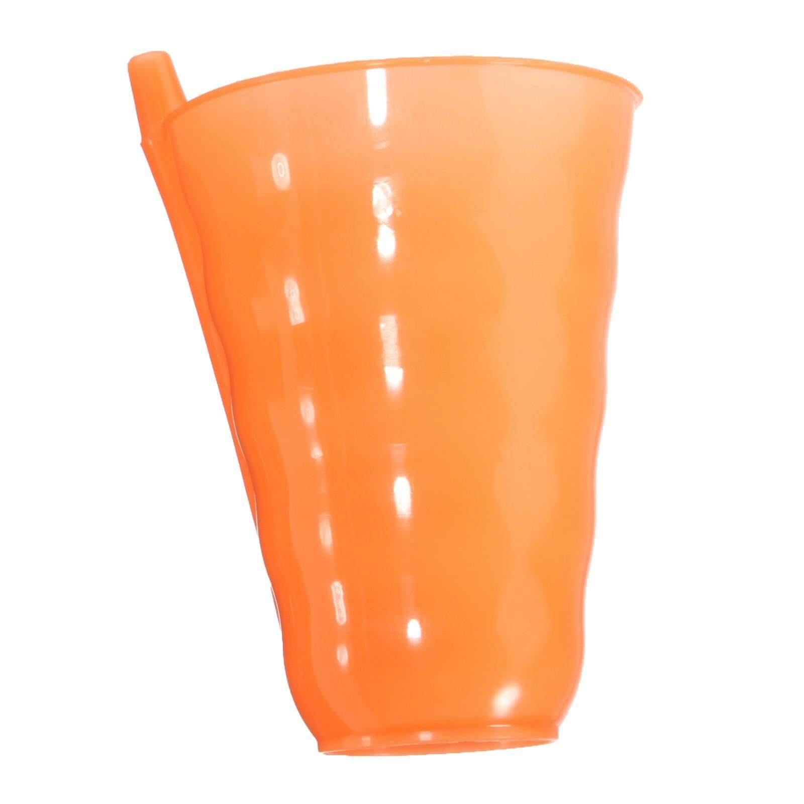 Creative suction cups, straws direct bottom. Products use PP material, durable, green environmental protection. Convenient to carry,easy Storage