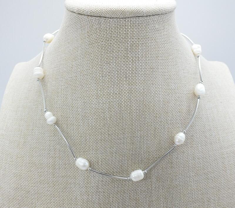 Natural freshwater pearl necklace, very beautiful.The best gift ...