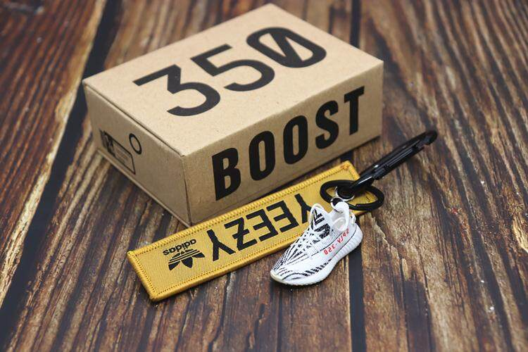 MANY STYLES OF SHOES GIFT SET YEEZY BOOST 350 V2-3D MINI SNEAKER KEYCHAIN