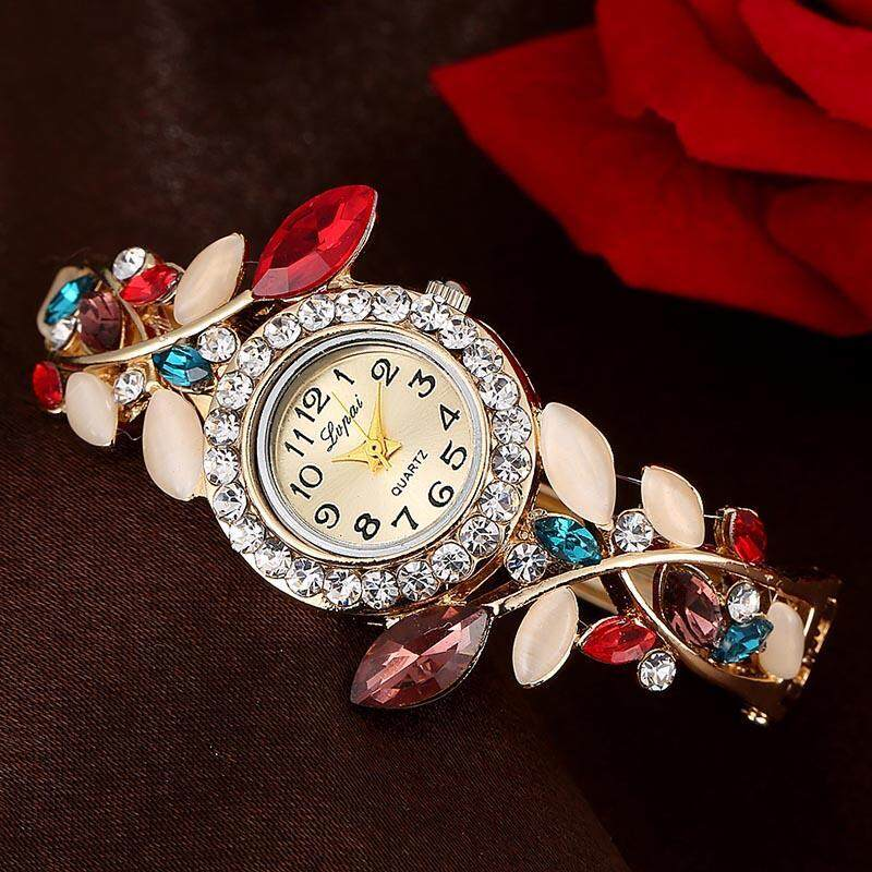 Elegant Girl Ladies Luxury New Bangle Watches Round Crystal Flower Bracelet Watch Women Chic Quartz Alloy Wristwatches Malaysia