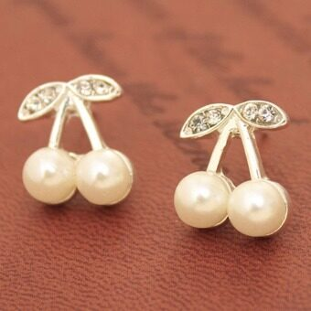 Harga ONLY Pearl-made Love Cherry Stud Earrings