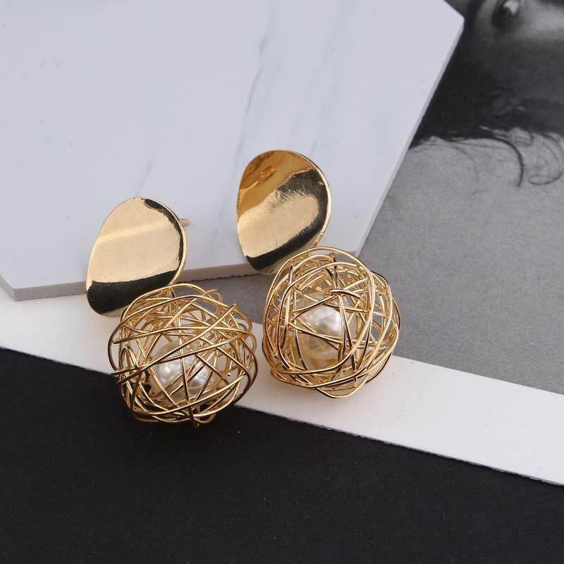 d86dd4d8e31b9 New Fashion Stud Earrings For Women Golden Color Round Ball Geometric  Earrings For Party Wedding Gift Wholesale Ear Jewelry