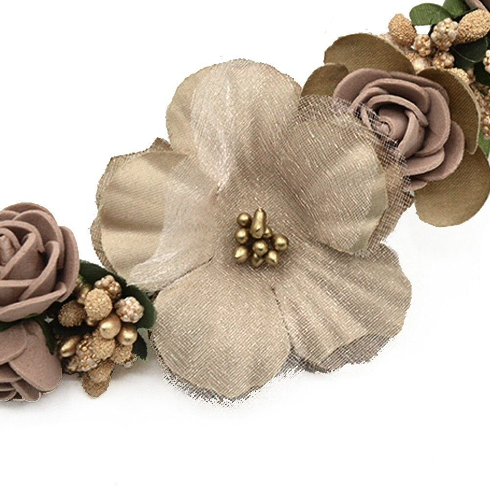Adjustable diameter fits most heads, comfortable to wear. Material: plastic + resin. Package: 8 x Flower Headband
